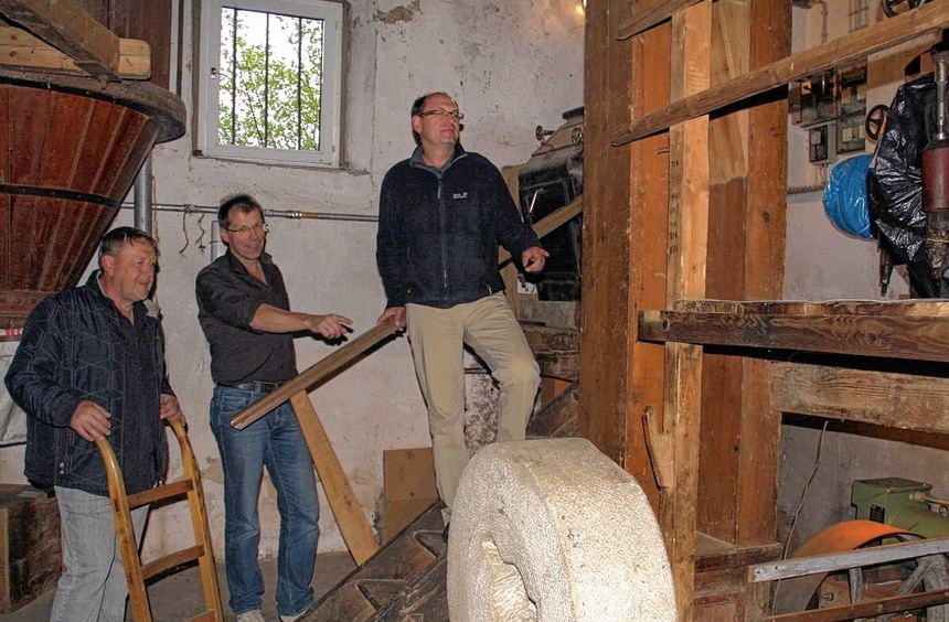 Einsatz gefragt: In der erst kürzlich vom Heimat- und Kulturverein Gerlachsheim erworbenen ...