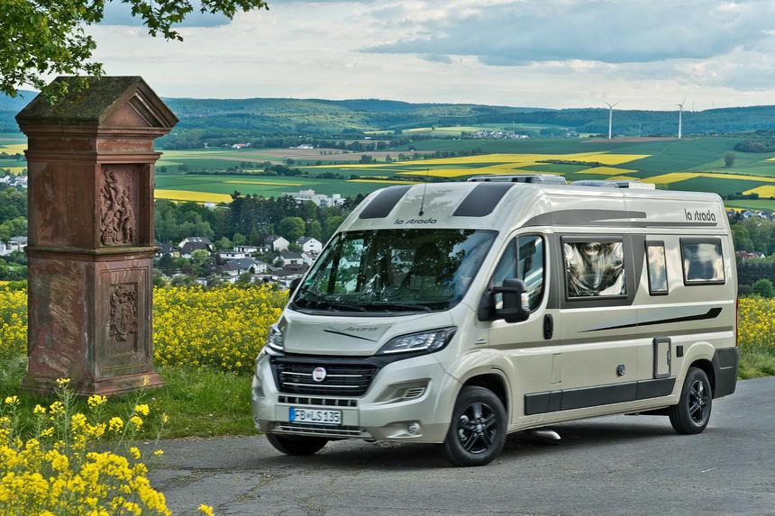 Auto Mit Eingebautem Kühlschrank : Schöner reisen: la strada erneuert das reisemobil avanti l auto