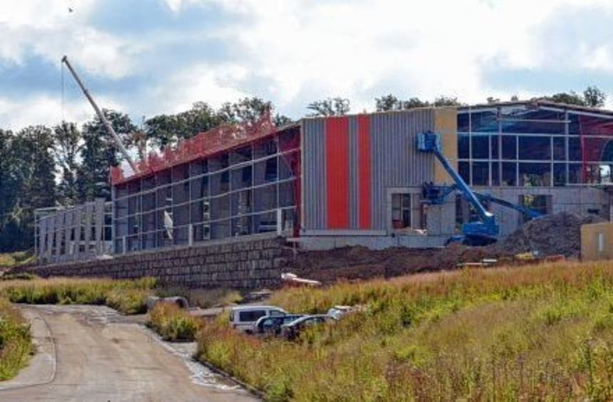 In der ersten (Bild) von drei Lagerhallen, welche das Krautheimer Speditionsunternehmen Rüdinger ...