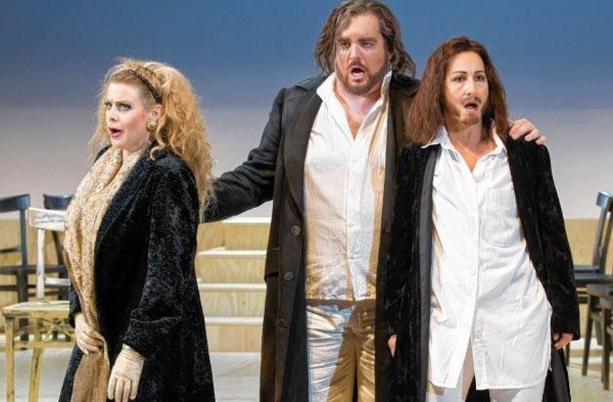 """Stimmgewaltige Sänger in Mozarts Oper """"Idomeneo"""": Karen Leiber als Elettra, Clay Hilley als ..."""