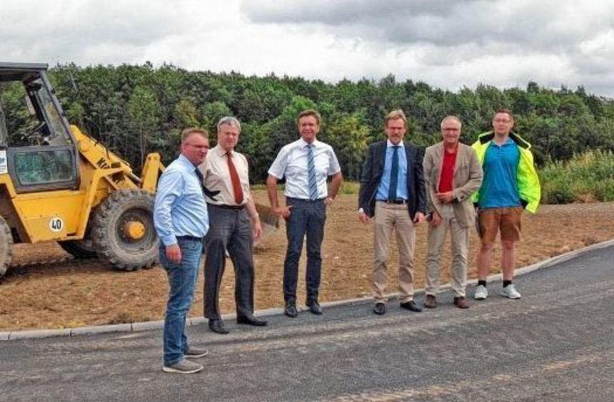 Nahezu abgeschlossen sind die Arbeiten zur Erschließung einer rund 1,7 Hektar großen Fläche im ...
