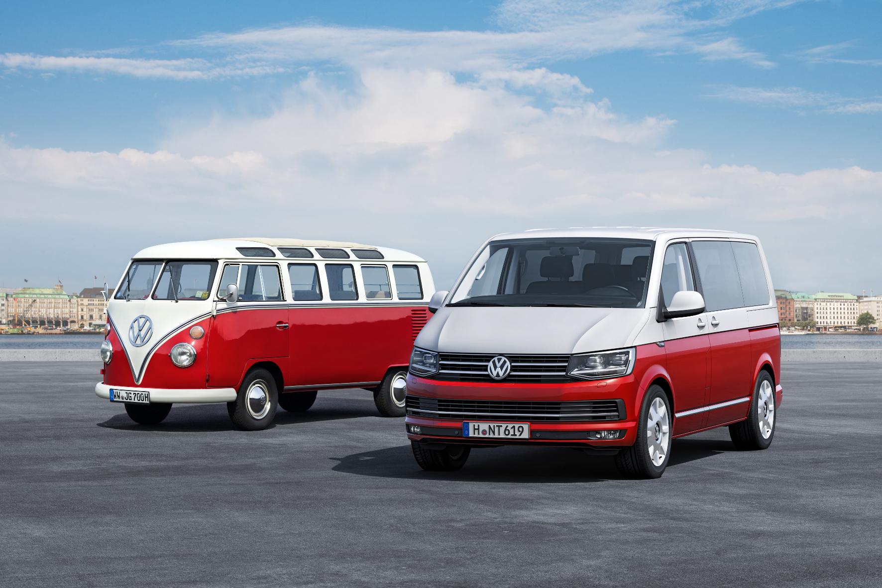 """mid Groß-Gerau - Der Ur-Bulli (links) und die neueste Evolutionsstufe VW T6 Multivan als """"Generation Six""""."""
