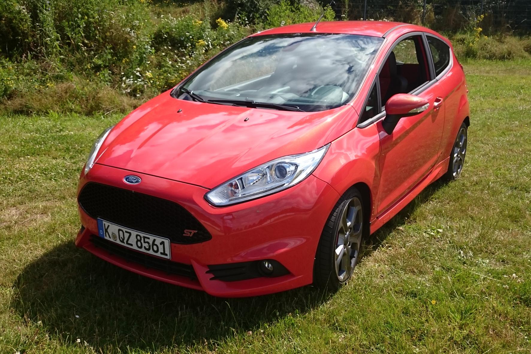 mid Groß-Gerau - Freudenspender aus Köln: Der Ford Fiesta ST bringt Farbe in den oftmals tristen Auto-Alltag.