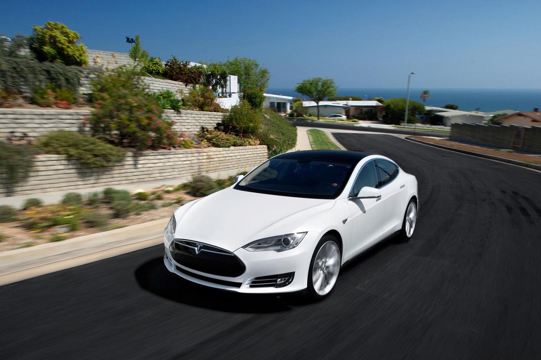 """mid Groß-Gerau - Tesla liegt bei der jährlichen Studie zur Kundenzufriedenheit bei US-Käufern der Verbraucherorganisation """"Consumer Reports"""" mit Abstand auf Platz eins."""