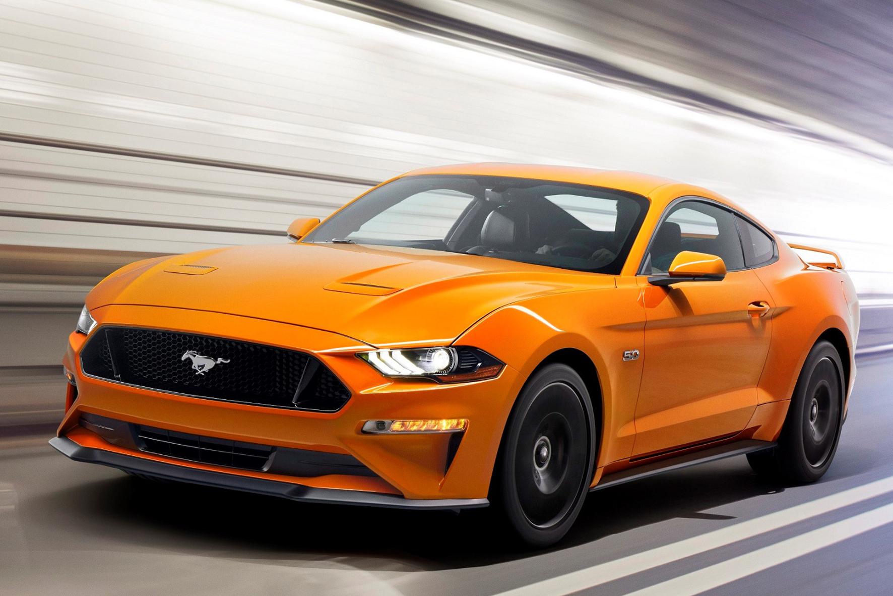 mid Groß-Gerau - So sieht er aus, der überarbeitete Ford Mustang. Die gezeigte US-Version kommt in Nordamerika im Herbst auf den Markt, deutsche Mustang-Fans müssen sich bis zum ersten Quartal 2018 gedulden.