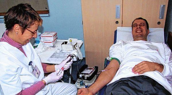 Harald Dietz spendet wie viele bereitwillig sein Blut für andere.