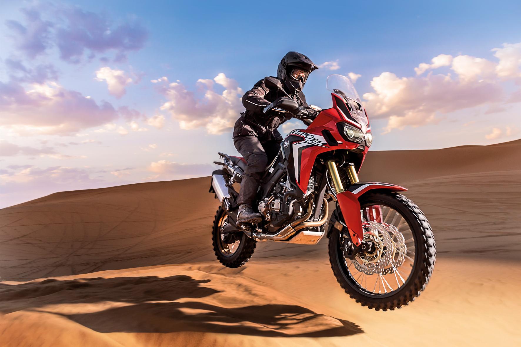mid Groß-Gerau - Jede (Offroad-)Fahrt hat ihren Anfang. Bei Hondas Fun & Safety Offroad Training dürfen sich die Teilnehmer auf einer Honda CRF1000L Africa Twin im Gelände erproben.