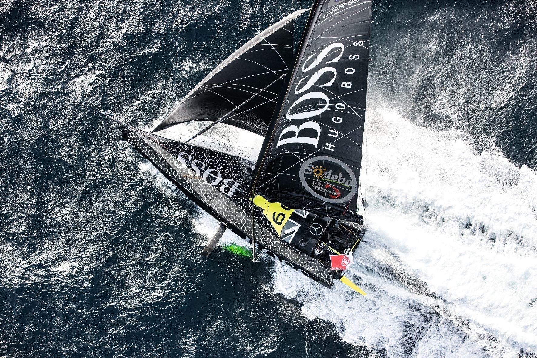 mid Monte-Carlo - Segeln auf Zeit ist etwas für Hartgesottene: Der Mensch und sein Boot gegen die Naturgewalten.