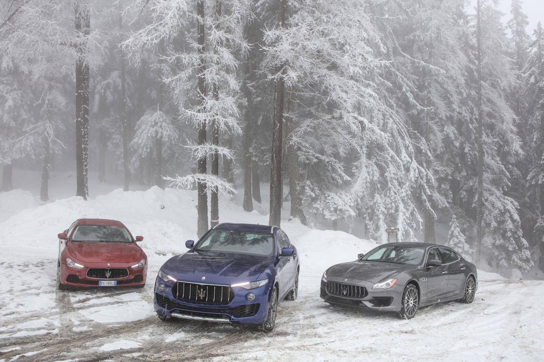 mid Cervinia - Er ist der Landgraf unter den edlen Maserati-Modellen, der Levante (Mitte).