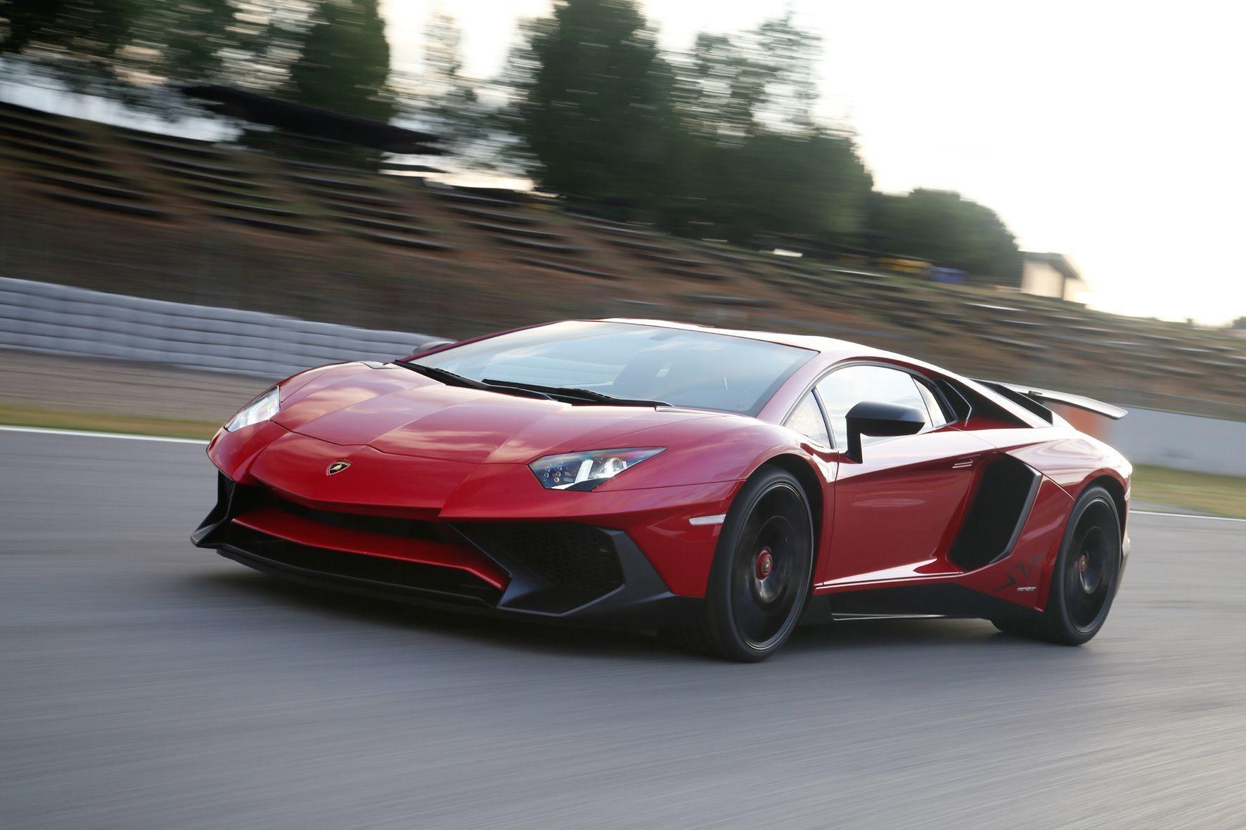 mid Groß-Gerau - Lamborghini ruft den Aventador wegen Brandgefahr in die Werkstätten.