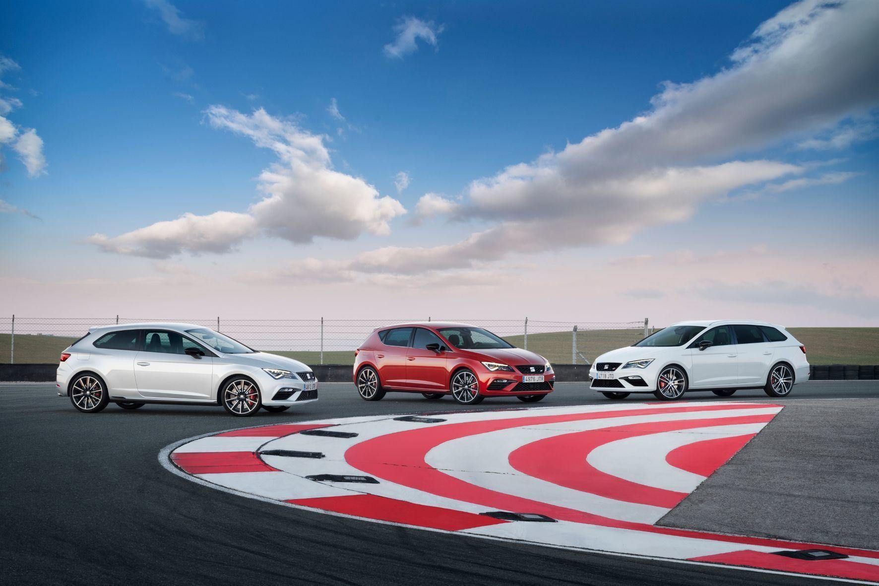 mid Barcelona - Flottes Trio: Seat legt den Leon als Sportversion Cupra auf - erneut für alle drei Karosserie-Varianten.