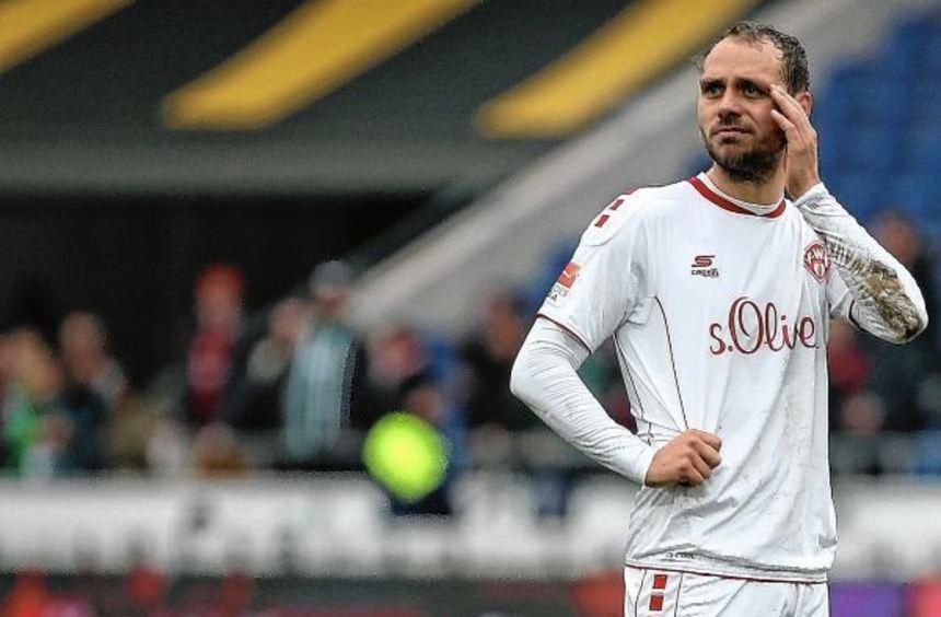 Rico Benatelli kehrt mit den Würzburger Kickers beim Gastspiel in Bochum in seine Heimatstadt ...