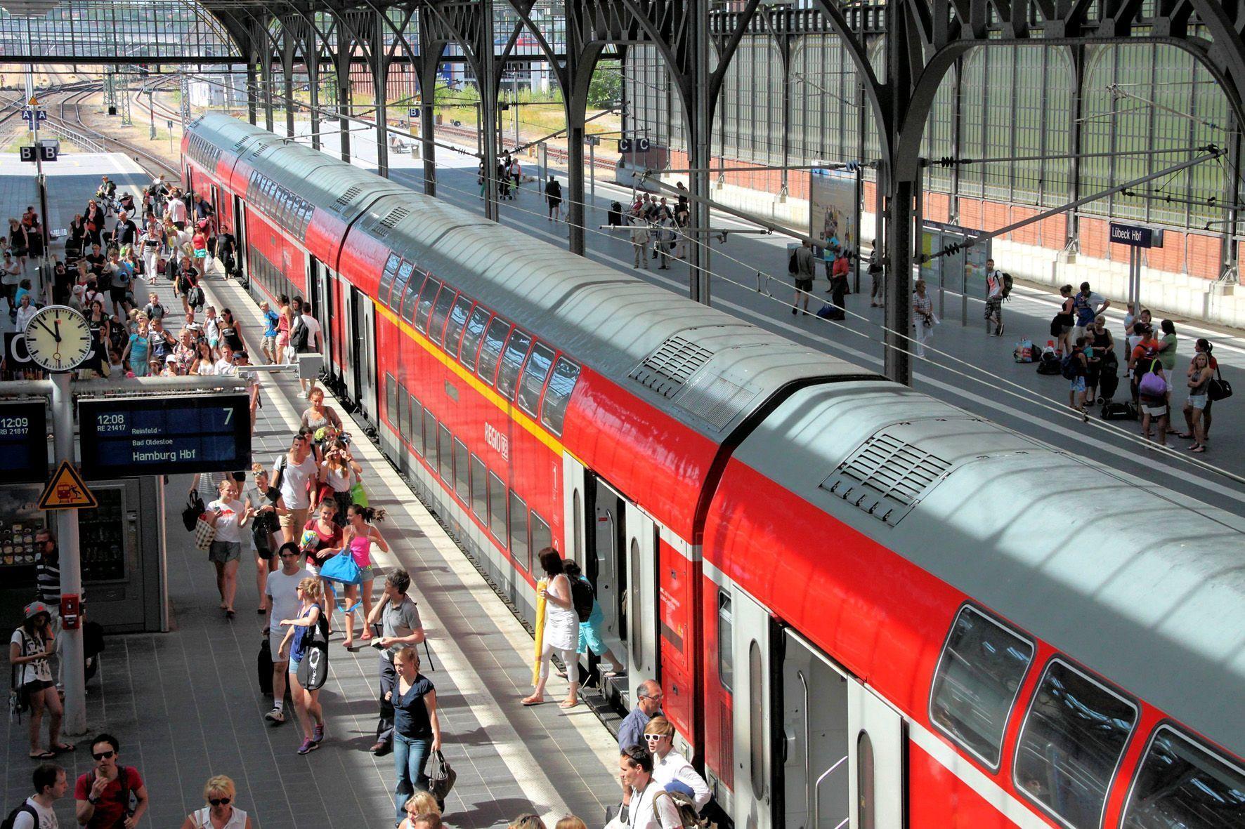 mid Groß-Gerau - Das Bundesverkehrsministerium will die Höhe der Bahnsteigkanten an Bahnhöfen vereinheitlichen. Das Problem: Dann wären viele Gleise nicht mehr barrierefrei.