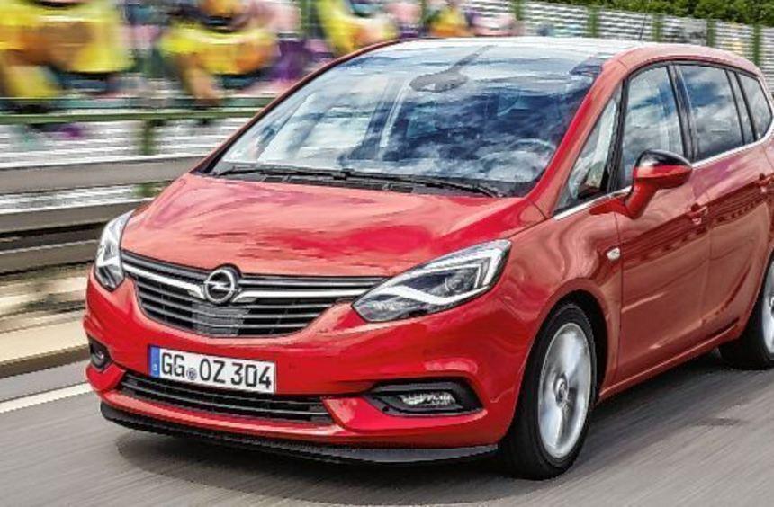 Eine glattere Front zeigt der Opel Zafira nach seiner Frischzellenkur. Was geblieben ist, sind die ...