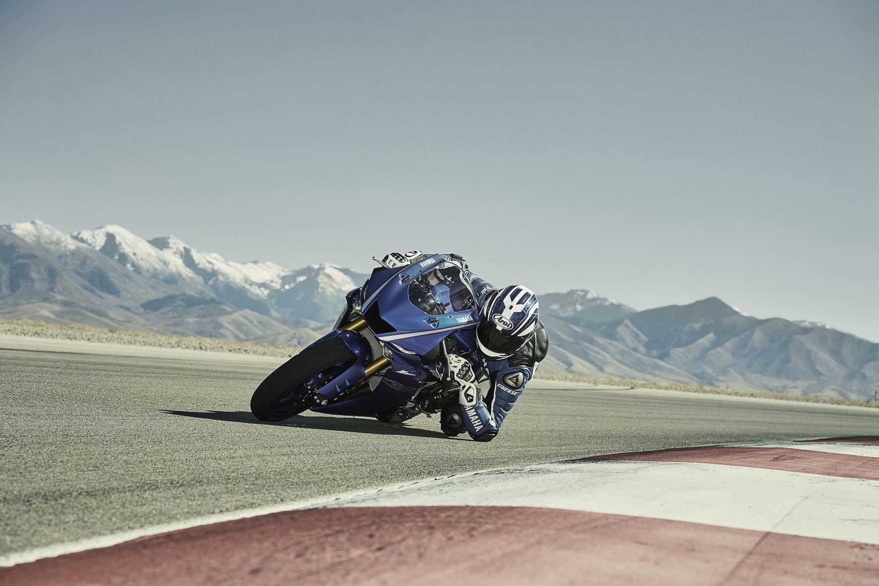 mid Groß-Gerau - Dank diverser Zubehörteile kann die neue 600er Yamaha sehr schnell fit für die Rennstrecken gemacht werden.