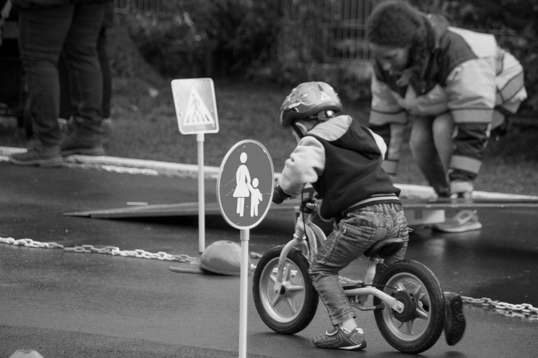 mid Groß-Gerau - Die Verkehrserziehung bei Kindern sollte schon im Alter von drei Jahren beginnen.