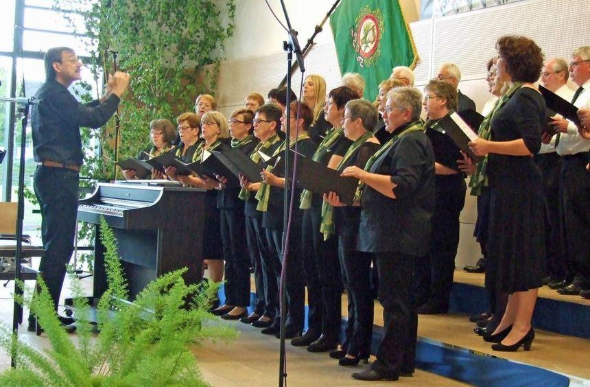 Der Liederabend mit fünf Gastchören bildete einen Höhepunkt des Festwochenendes zum 150-jährigen ...