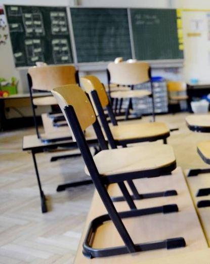 Leere Stühle aufgrund von Lehrermangel soll es künftig nicht mehr geben.