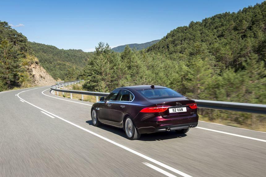 Rückruf Jaguar XF: Falsch verkabelt - Auto - Fnweb