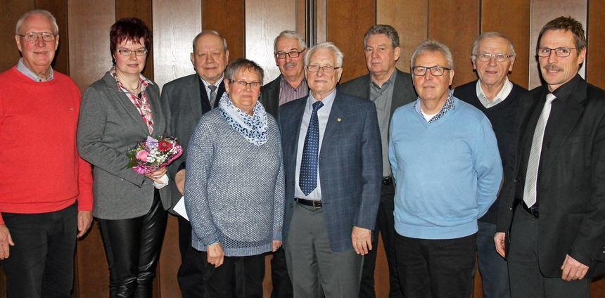 """Bei der Jahreshauptversammlung der Chorgemeinschaft """"Frohsinn"""" wurden Mitglieder geehrt."""
