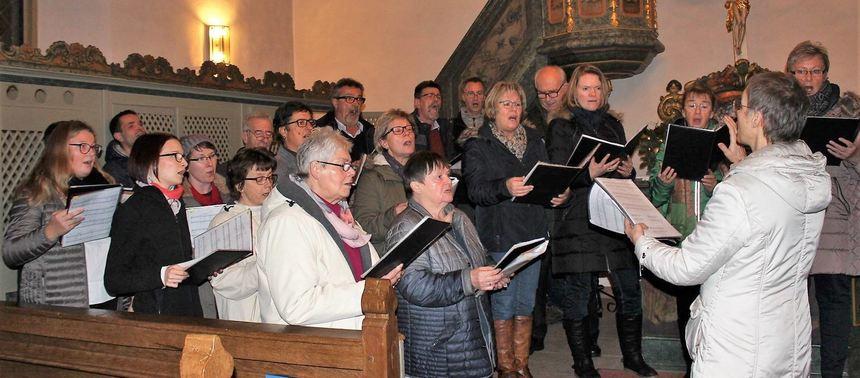 Der Sängerbund Epplingen gab in der evangelischen Kirche ein Weihnachtskonzert.