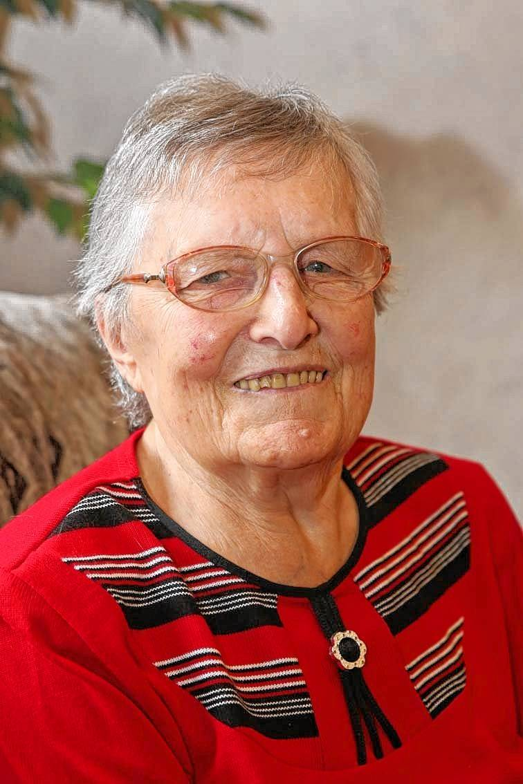 <b>Rita Seitz</b> feiert heute in Gerichtstetten ihren 90. Geburtstag. - image