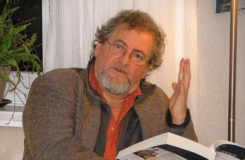 Carl Gibson, in Bad Mergentheim lebender Philosoph, Historiker und Germanist, legt sich mit der ...